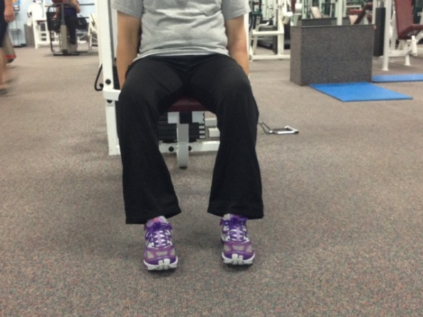 getting rid of knee pain while sitting