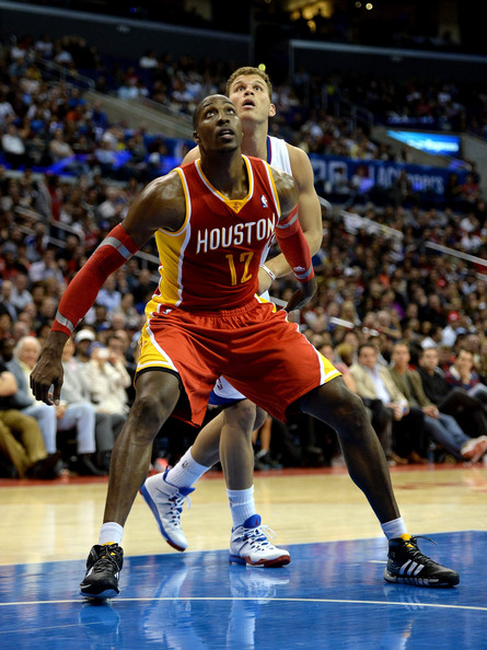 dwight howard about to rebound