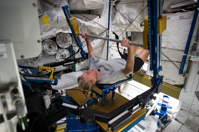 how do astronauts exercise in space and why is it so important - photo #16