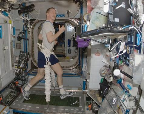 treadmill nasa ISS