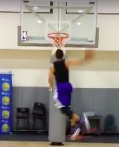Steph Curry dunking ability 2